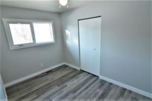 Bedroom 1- Main Floor