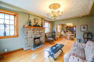 8132 Living Room & Dining Room