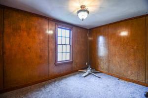 8128 Bedroom