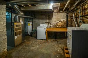 8128 Laundry / Basement